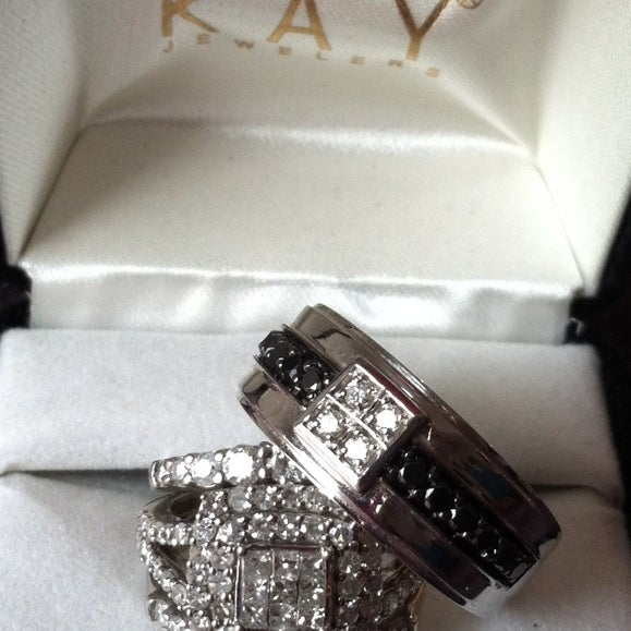 Photos at Kay Jewelers - Eastside - 2940 Towne Centre Blvd