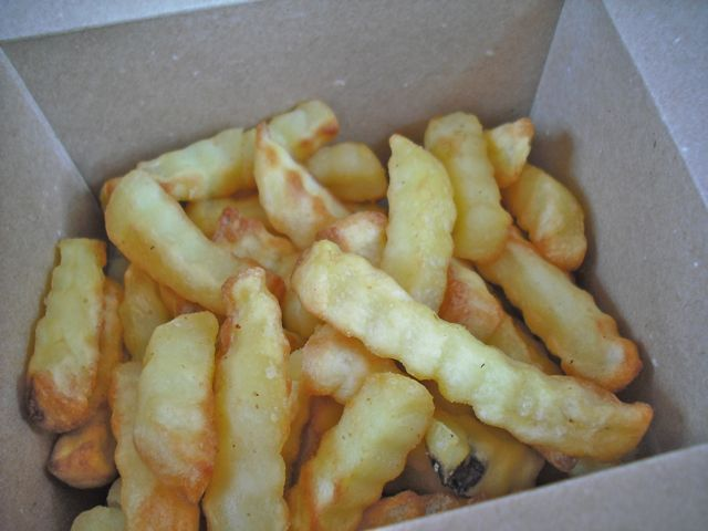 http://i0.wp.com/fatgayvegan.com/wp-content/uploads/2011/08/chips1.jpg?fit=640%2C480
