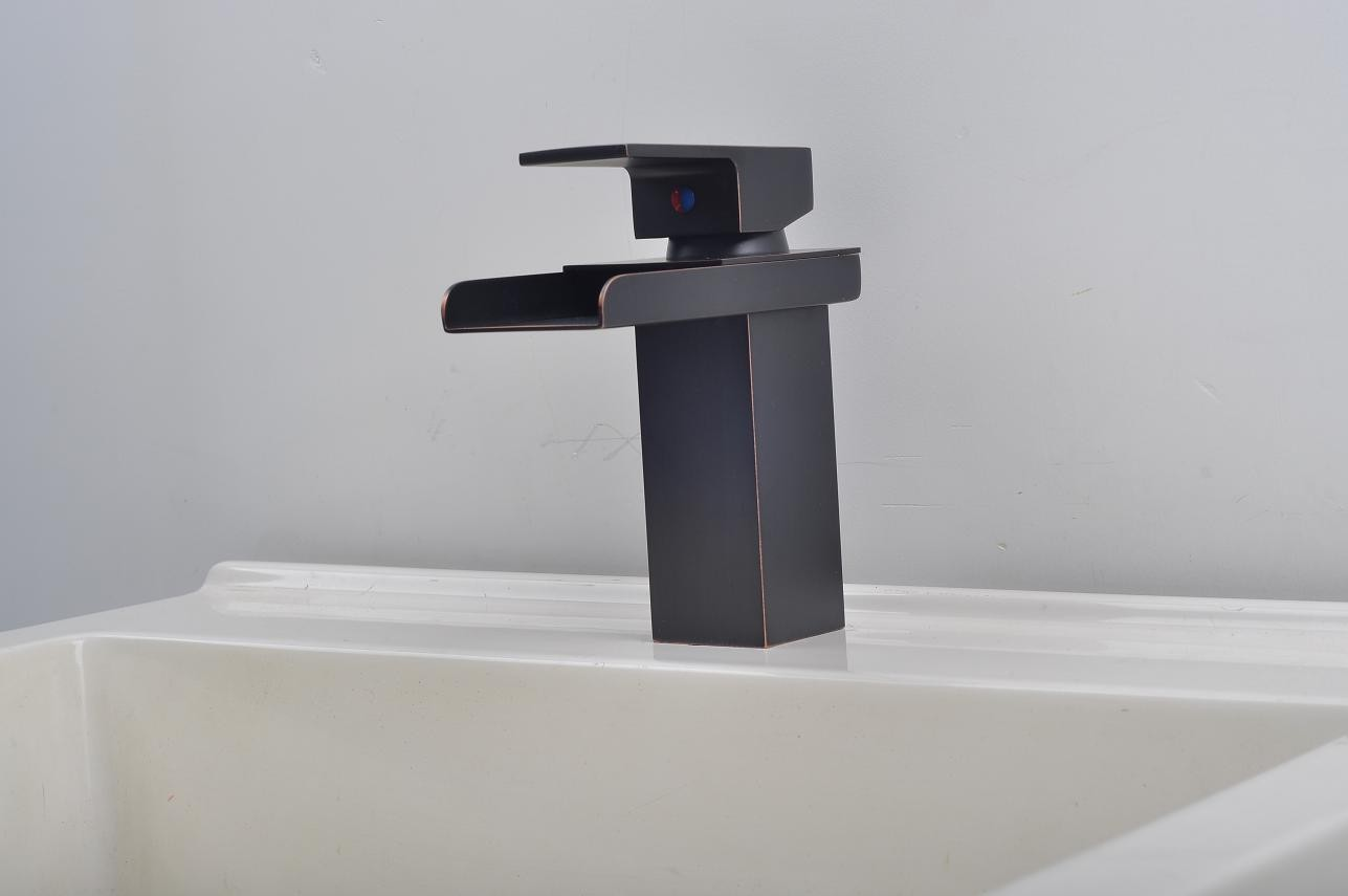 Waterfall Style Faucet Bathroom Sink Faucet In Modern Style Single Handle