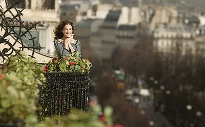 Scene Girl Iphone Wallpaper Balcon Carrie Bradshaw Fashion Flowers Flowers Garden