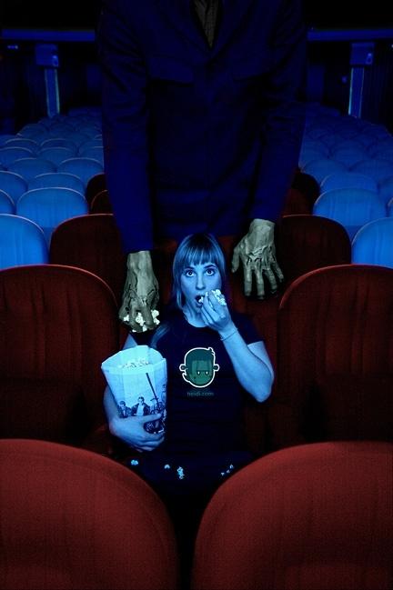 Sad In Love Girl Wallpaper Alucinante Cinema Creepy Horror Monster Movie Theater