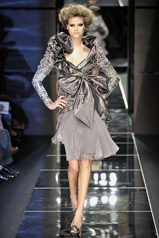 Boy Fall In Love Wallpaper A I 2008 Abito Alta Moda Completo Couture Dress