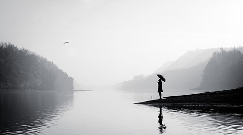 Black N White Girl Wallpaper Beatiful Moment Black And White Desolate Loneliness