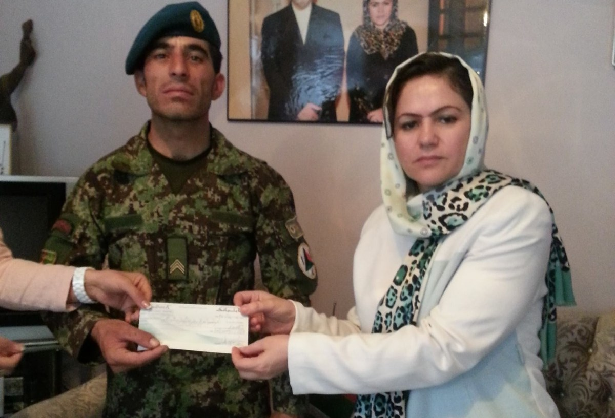 Afghan Solider who stopped a massacre, honored by Ms. Koofi