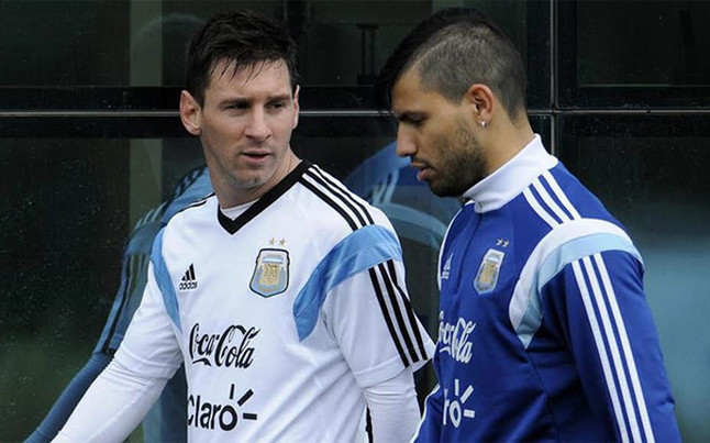 Aguero says that No.10 belongs to Messi