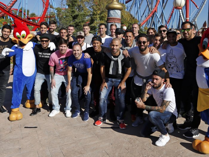 Barcelona stars and families at Port Aventura
