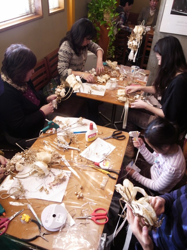 BUD2015クリスマスフラワーレッスン@中野新橋2回目レッスン風景3
