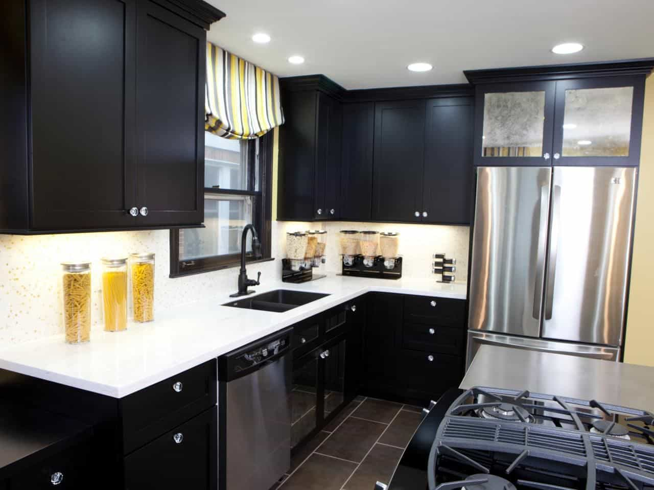 25 Black Kitchen Cabinets That Are Not Dull