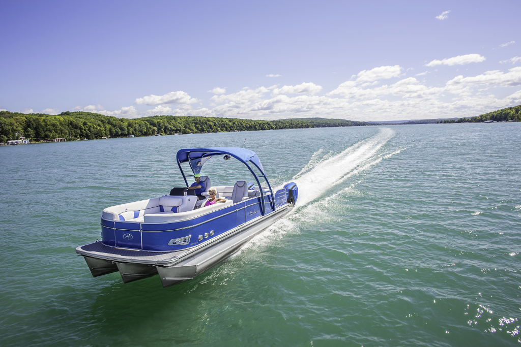 10 Top Pontoon Boats Our Favorites - boats