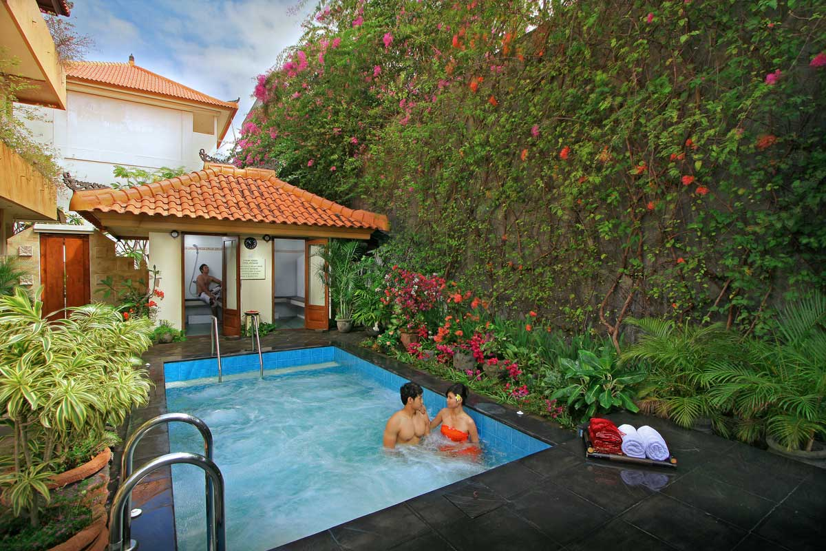 Jacuzzi Pool Villa Bali Spa Cottages Febri 39s Hotel And Spa Bali Hotel Kuta