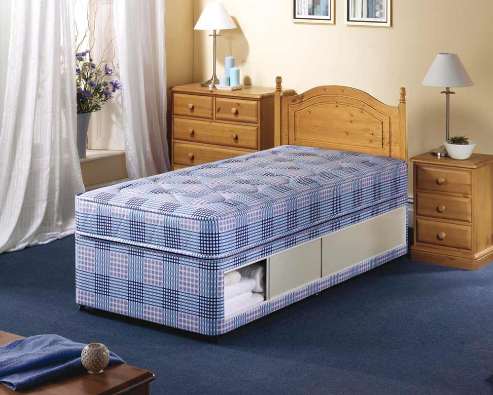 Small Single Beds For Small Rooms Beds For Small Rooms To Create A Larger Look