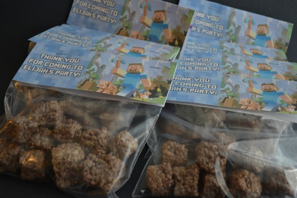 Minecraft dirt block rice krispie squares