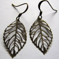 Small antique brass filigree leaf earrings | Felt
