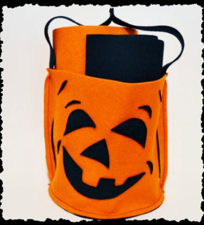 DIY Halloween Trick-or-Treat Bucket