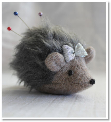 hedgehog pincushion - tutorial