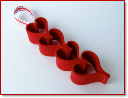 Valentine Heart Chain2