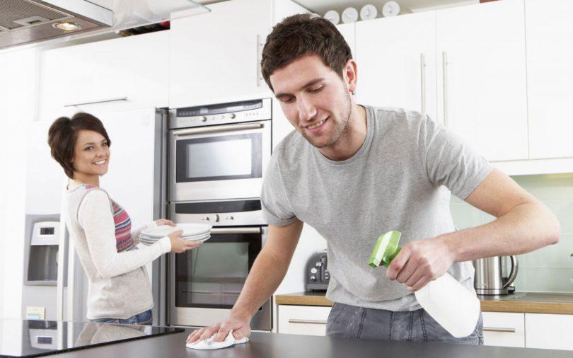 Selon une étude, plus les couples partagent les tâches ménagères - les taches menageres