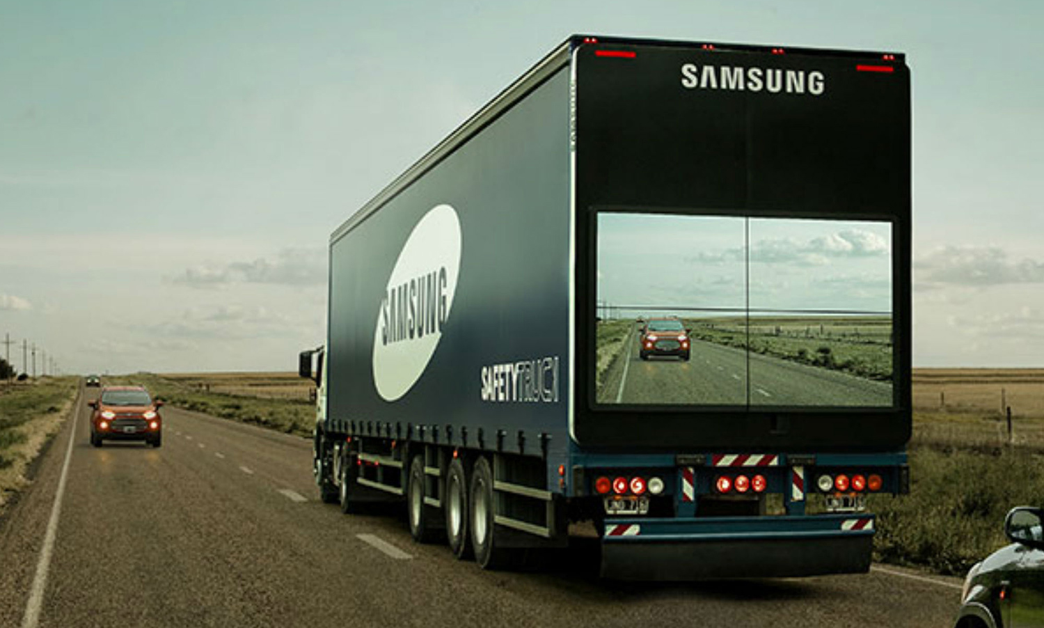 Samsung-Safety-Truck-02