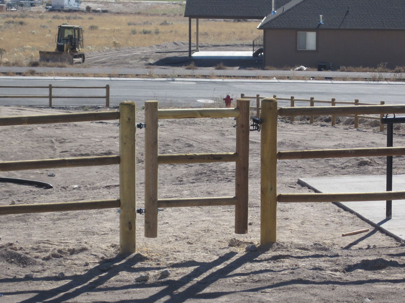 Lodge Pole Single Gate Fence Deck Supply
