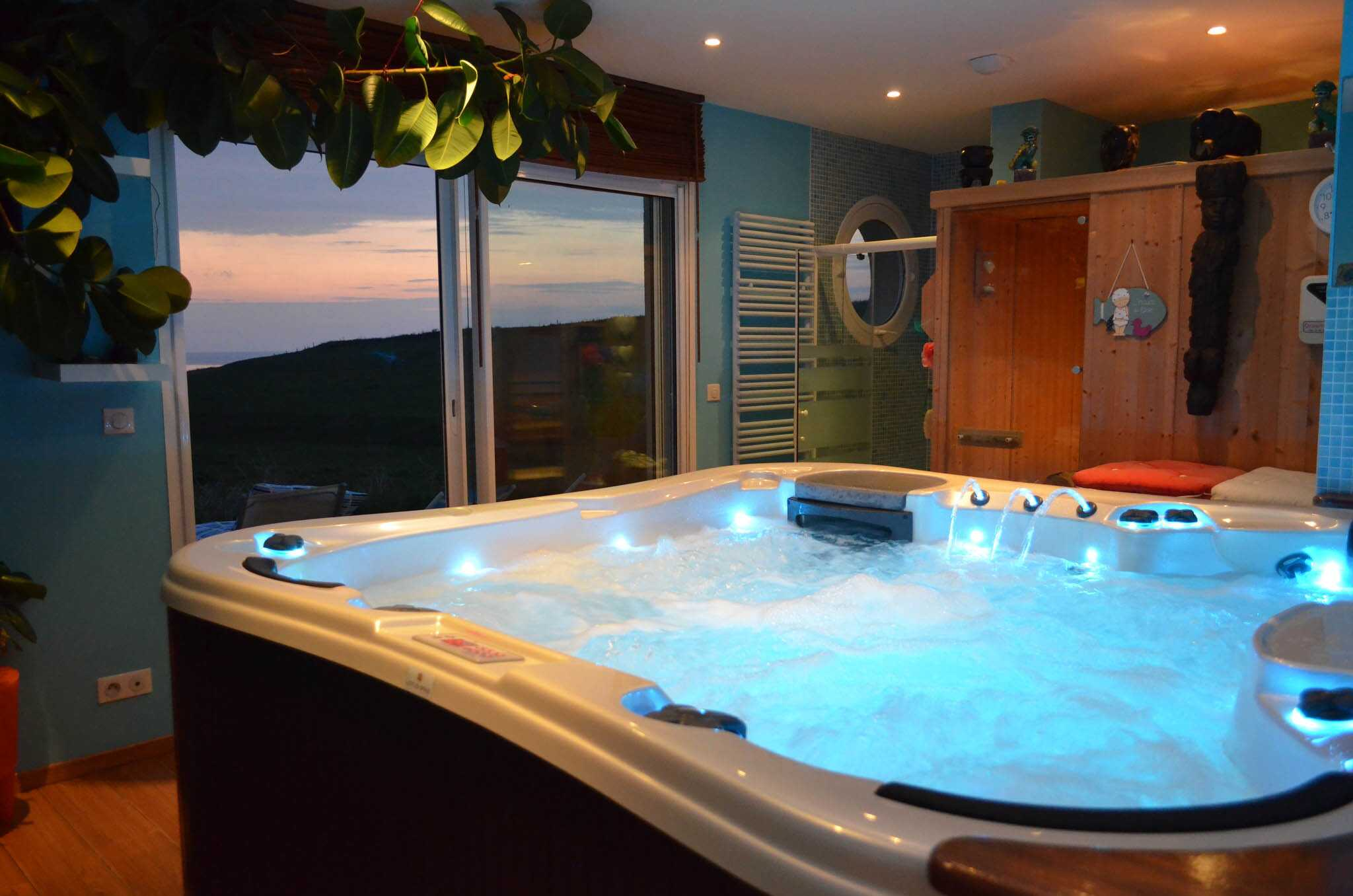 Chambre Avec Jacuzzi High Quality Images For Hotel Chambre Avec Jacuzzi Privatif