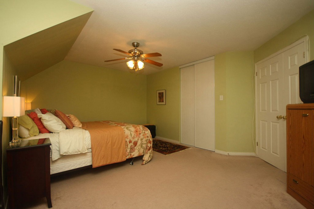 bedroom without windows decorating