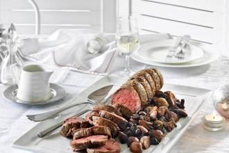 Whole-Roast-Fillet-of-Beef-with-Shallots-&-Mushrooms
