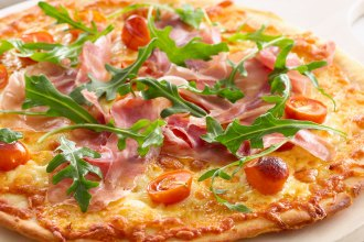 prosciutto-roasted-tomato-pizza_standard