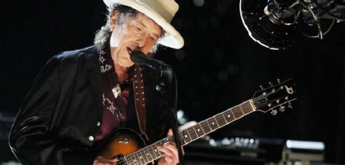 Las razones por las que la Academia Sueca le concedió el premio Nobel de Literatura al músico Bob Dylan