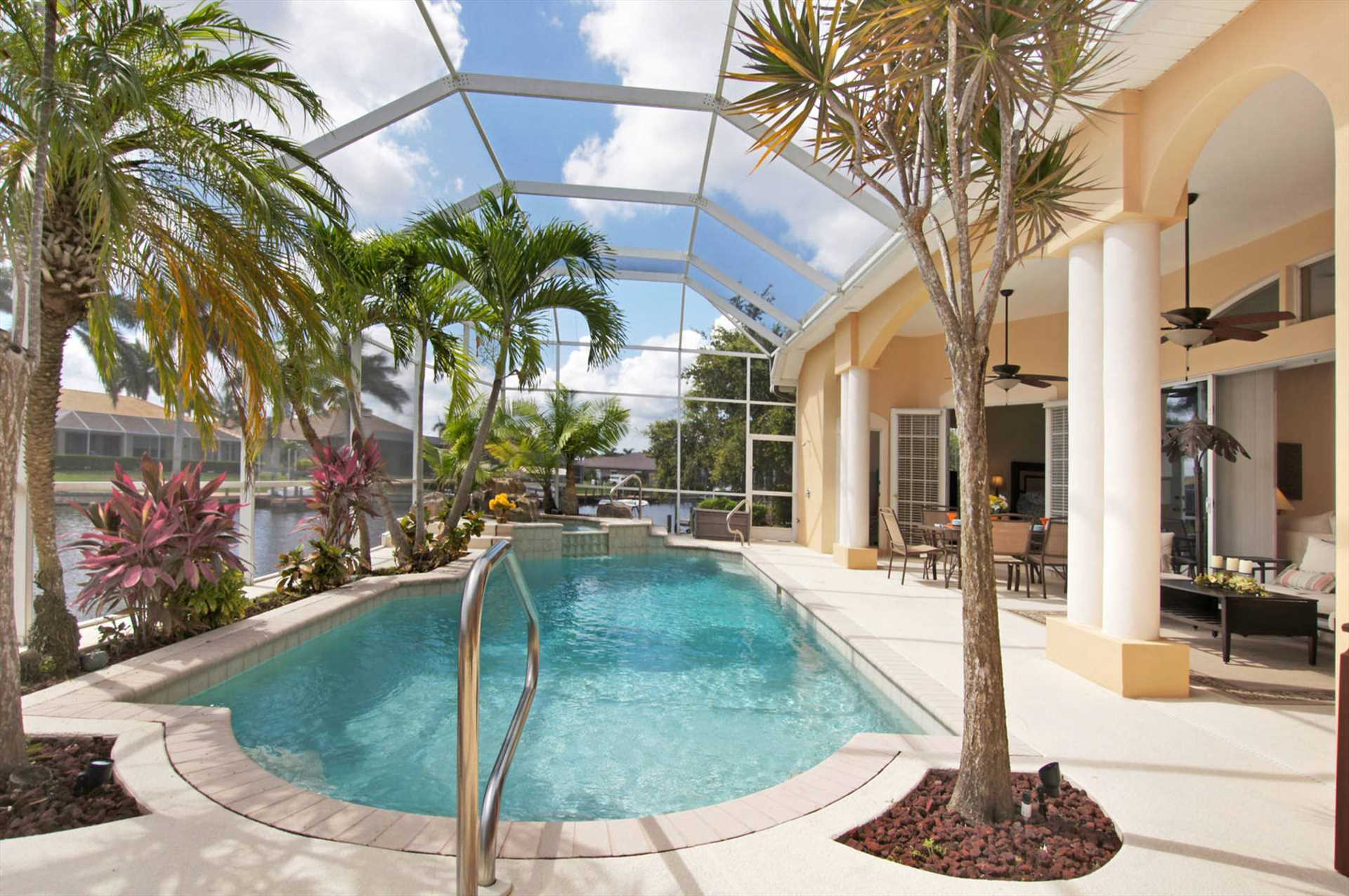 Pool Solarheizung Real Swfl Real Estate Services Llc Ferienhaus Mieten In Cape