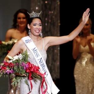 Miss Nebraska at state fair