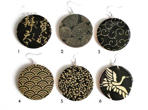 blackandgold earrings pretty kiku