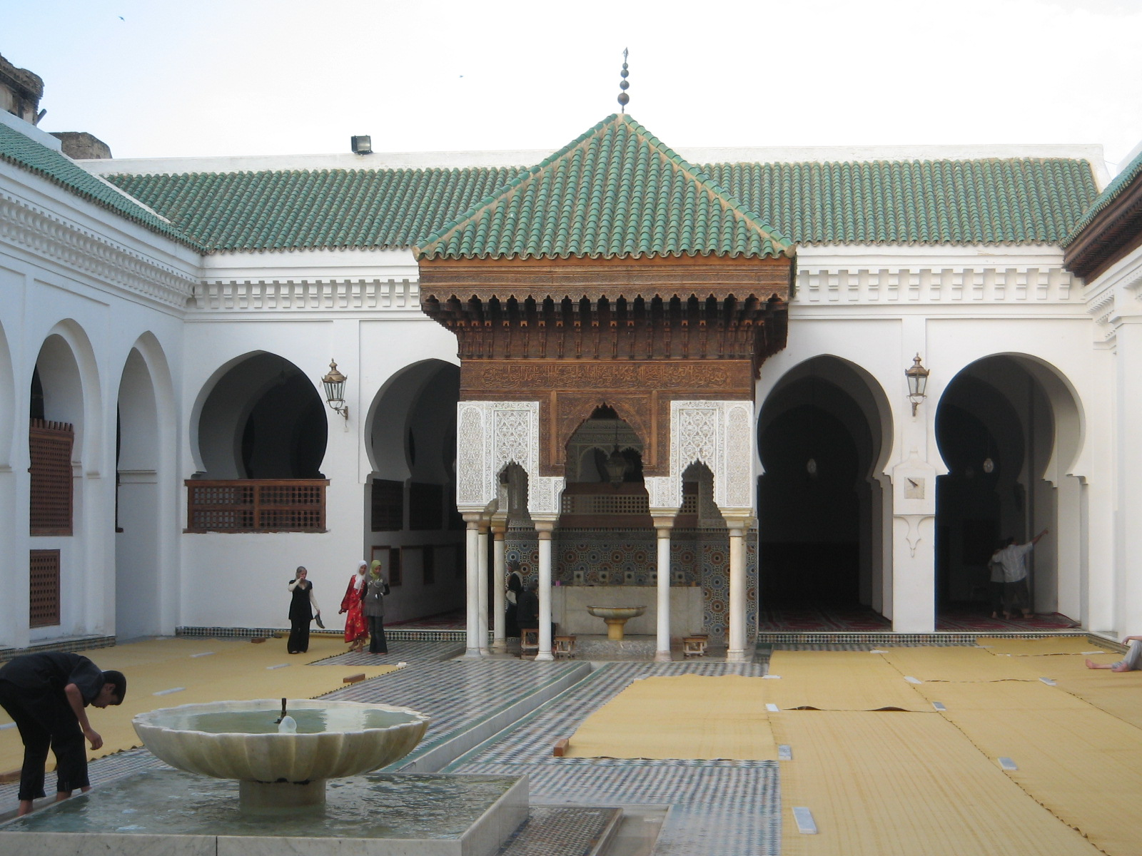 Mosquée De Tours The University Of Al-qarawiyyin Is A University Located In