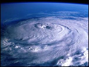 taifu9 【画像】台風を上空から見たら想像以上にビビる件!台風の驚異!台風の目