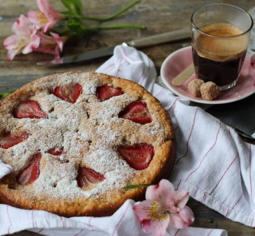 ricotta-cake-with-strawberries-1024x683