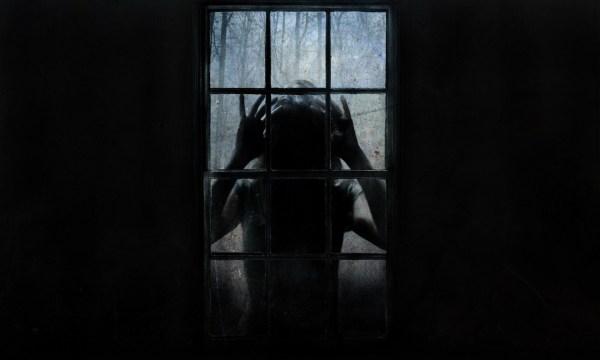 the-uninvited-window-dark-horror-movies