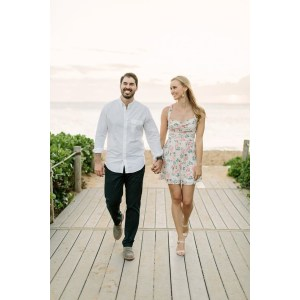 Splendiferous Women Engagement Photo Outfits Men Maui Engagement Outfits Trending Maui Engagement Outfits Engagement Photo Outfits