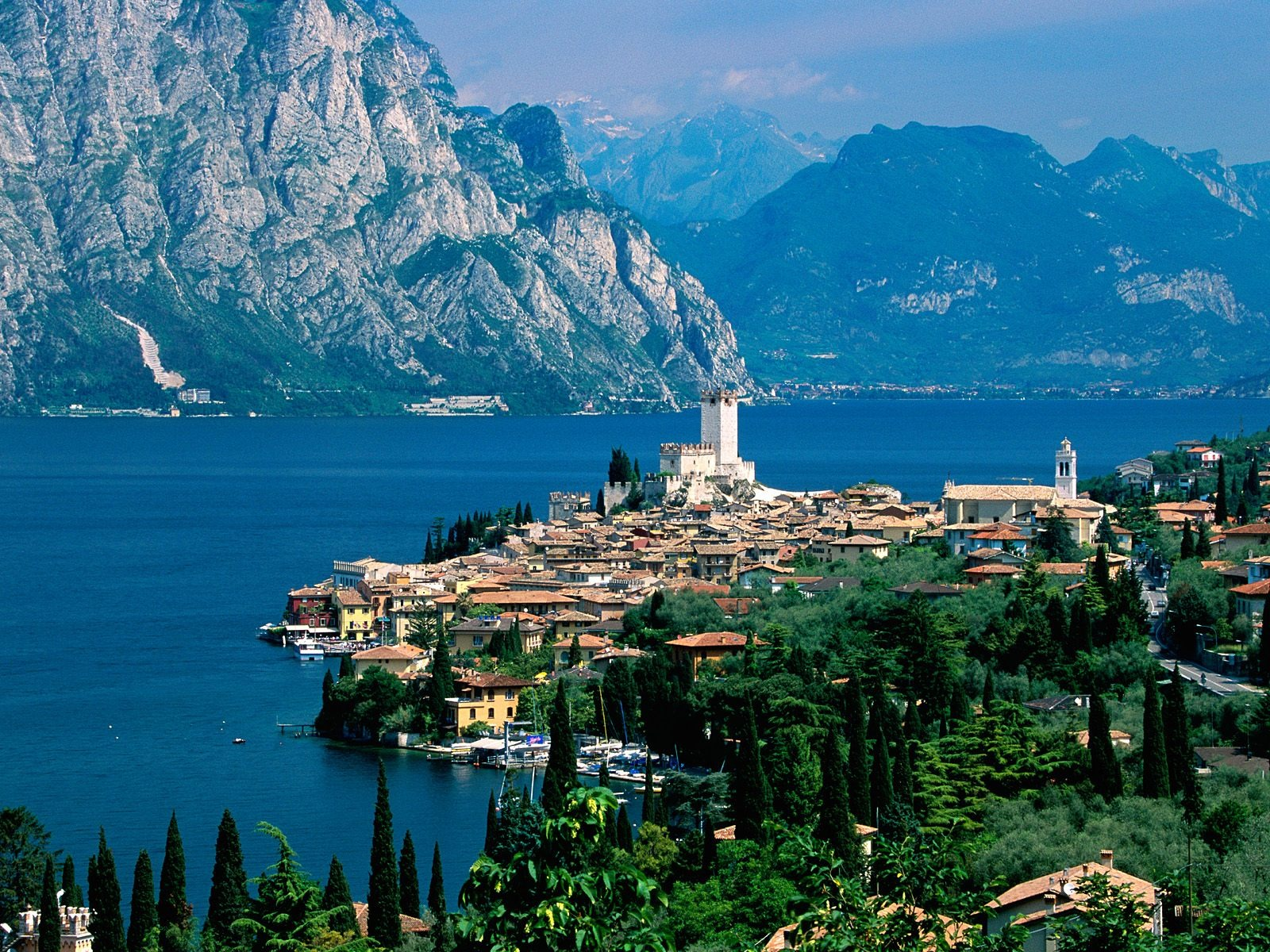 Wallpapers Of Italy Lake Garda Wallpaper Italy World Wallpapers In Jpg Format For Free