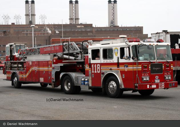 Einsatzfahrzeug Fdny Brooklyn Ladder 118 Dl Ad