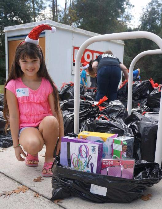 750 Children In Alachua County Received Toys