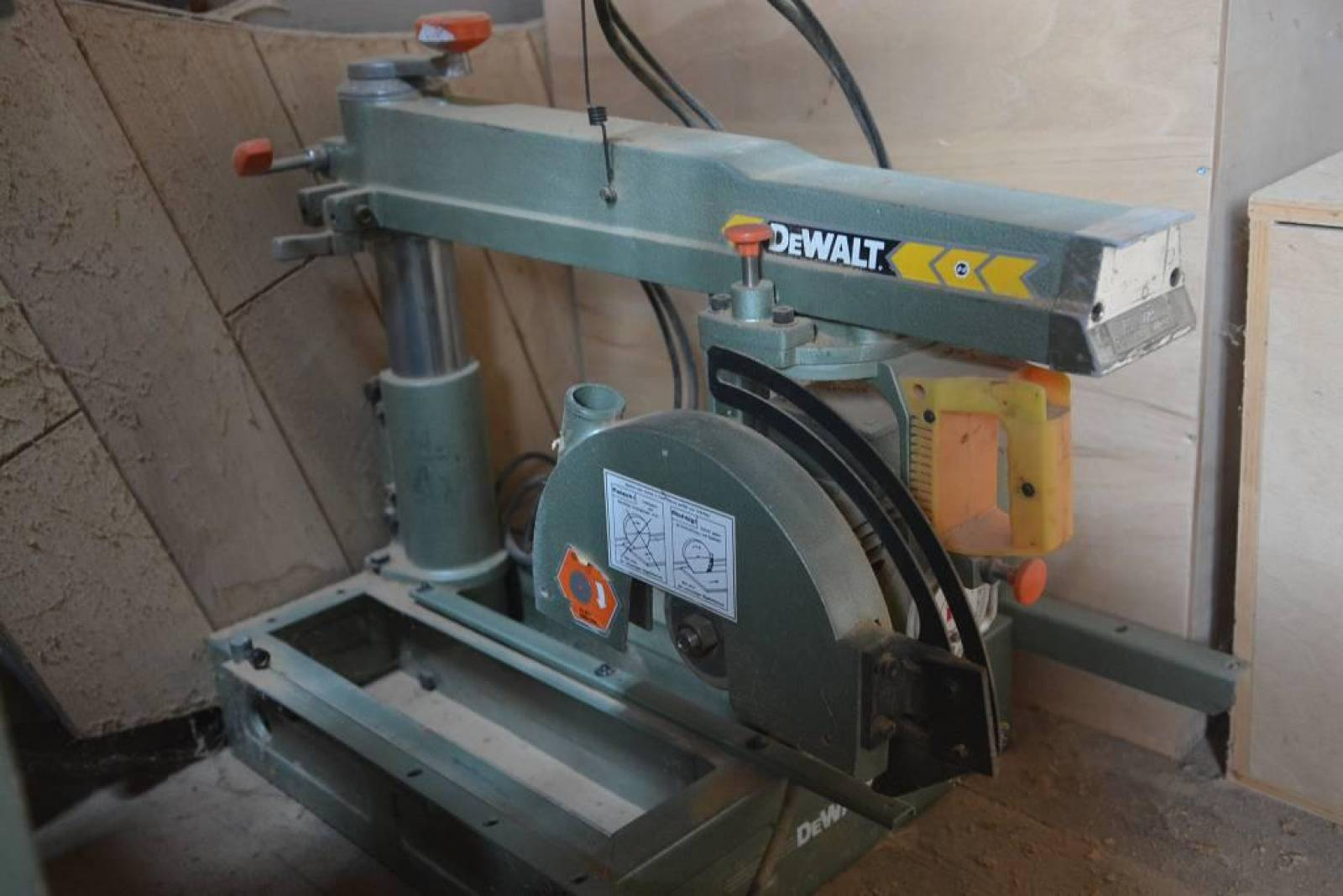 Dw Shop Radial Arm Saw Dewalt Dw 110 Power Shop Buy Second Hand