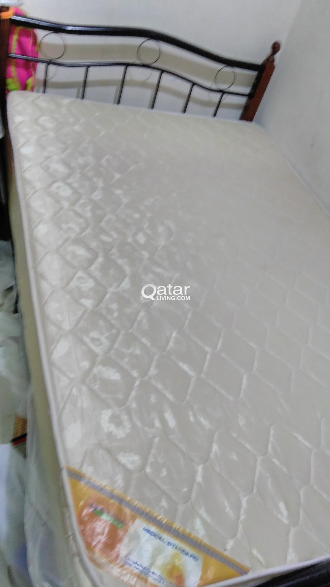 Bed 120 X 190 Bed And Coat Queen Size 120 X 190 Qatar Living