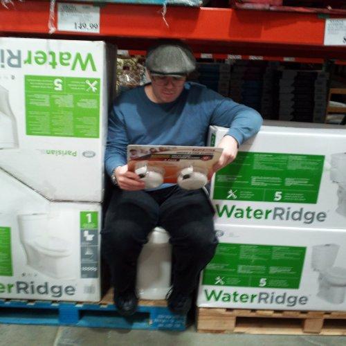 Medium Of Water Ridge Toilet