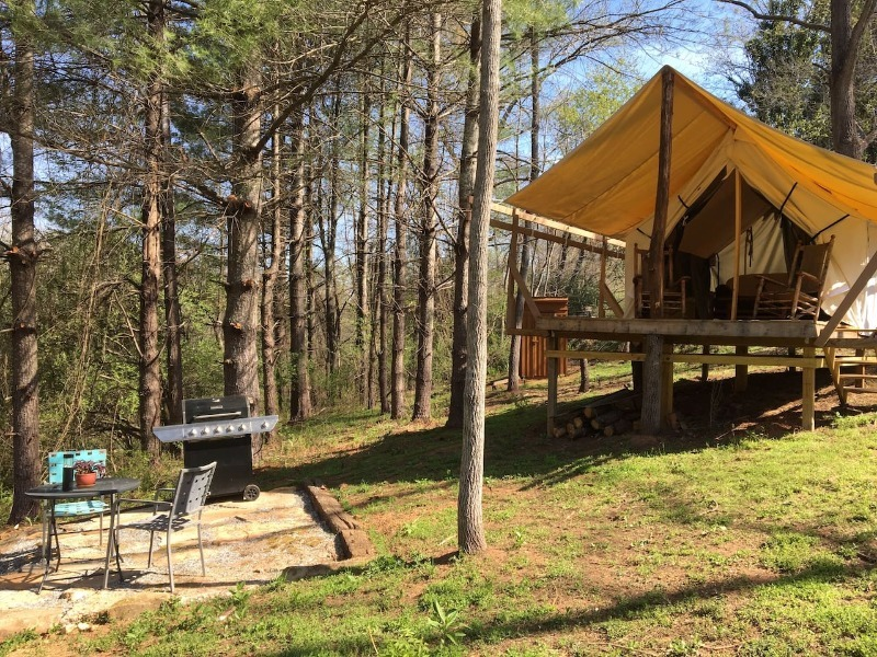 Dinner Sofa 10 Best Glamping Sites In North Carolina (budget-friendly