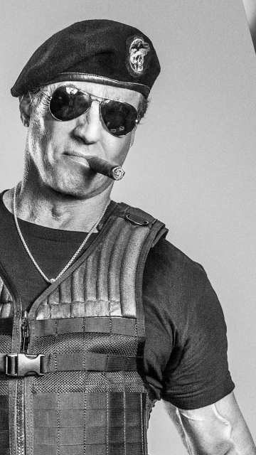 Download Girl Wallpaper Nokia 5233 Sylvester Stallone In The Expendables Mobile Background