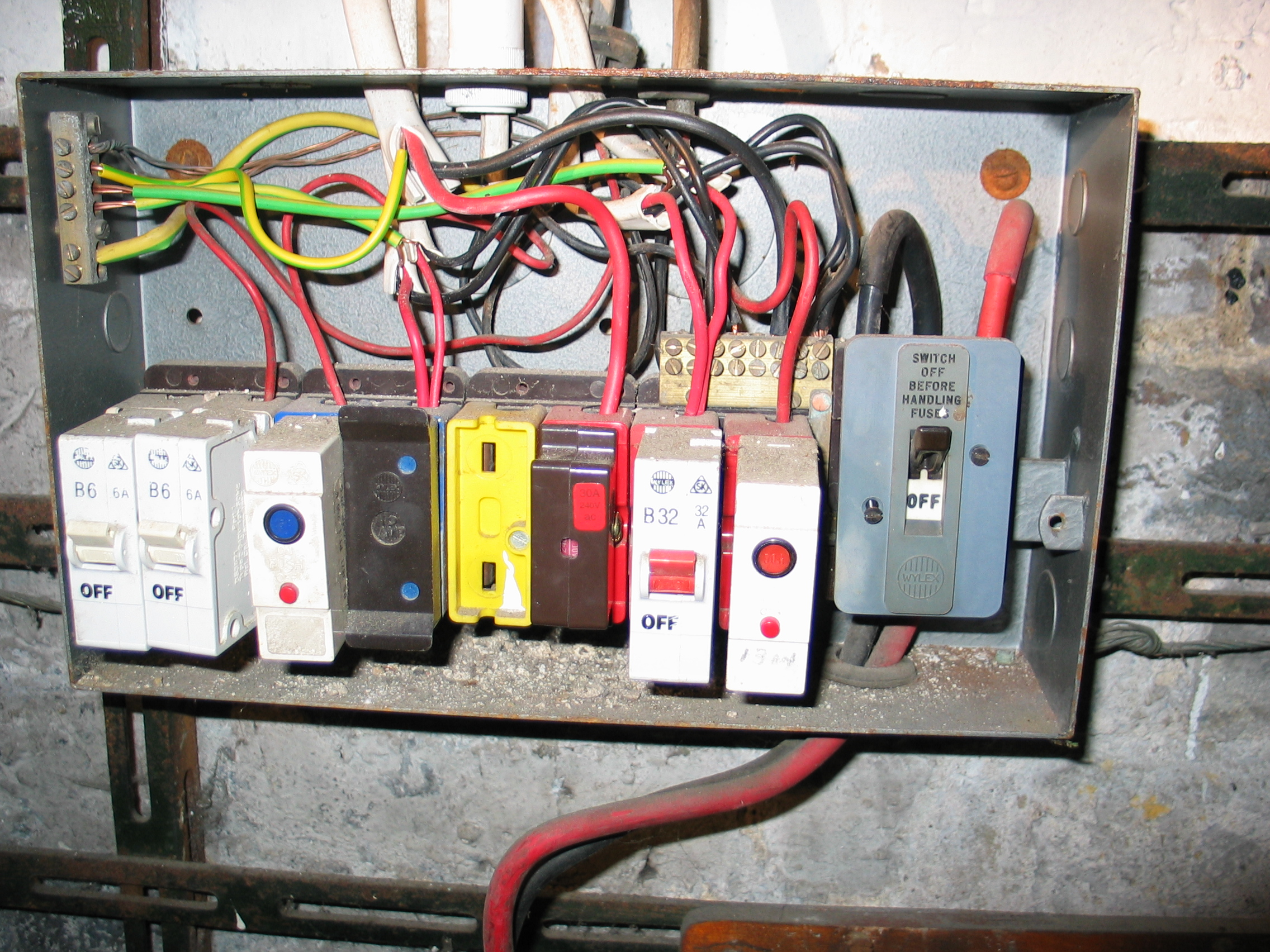 Rcd Electric Fuse Box Ivoiregion Wylex Mcb Circuit Breakers To Replace Rewire Fuses Mini Trip Plug