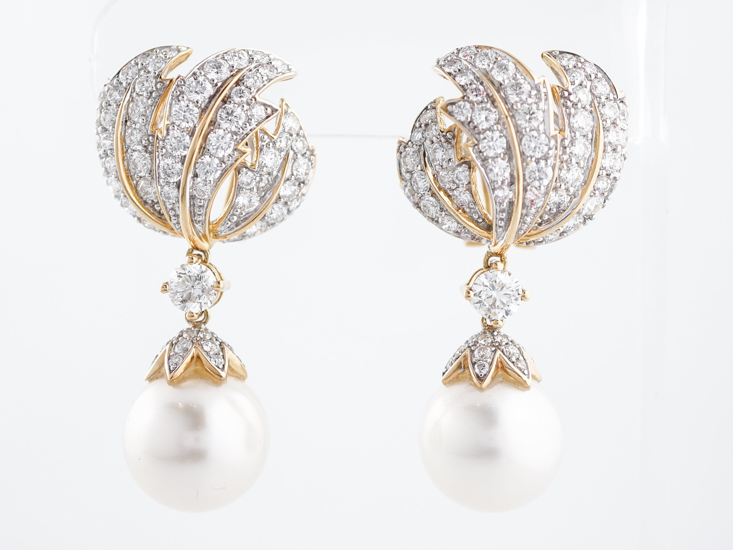 Earrings Modern South Sea Pearls 820 Round Brilliant