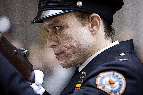 The-Joker-police-officer-The-Dark-Knight-1.jpg