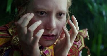 Mia Wasikowska Alice Through The Looking Glass