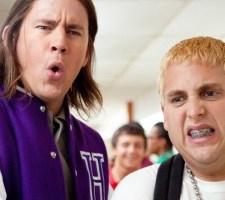 """Pieprzyć """"Glee"""", czyli 21. ulica, gdzie leżą licealne trupy"""