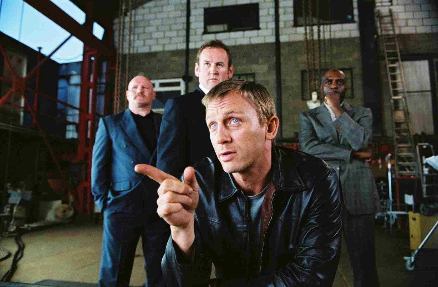 still-of-colm-meaney,-daniel-craig-and-george-harris-in-layer-cake-(2004)